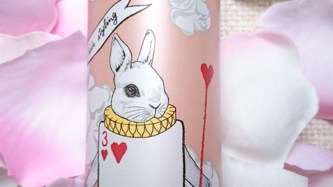 ウェーボ キャラメイクホイップ3のパッケージ。ウサギが描かれています。