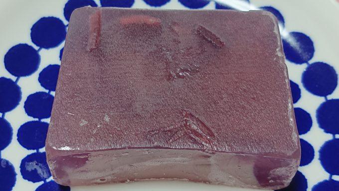 マルシェボン ゴシックローズの本体である石鹸の写真。